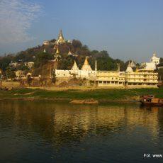 Statkiem z Mandalaj do Bagan
