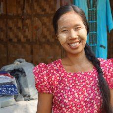 Thanaka – birmański makijaż